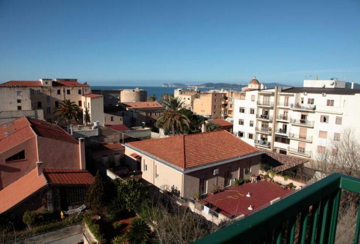 alghero_panorama-735x500